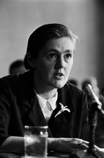 Kelsey testifying at Senate inquiry into thalidomide, 1962