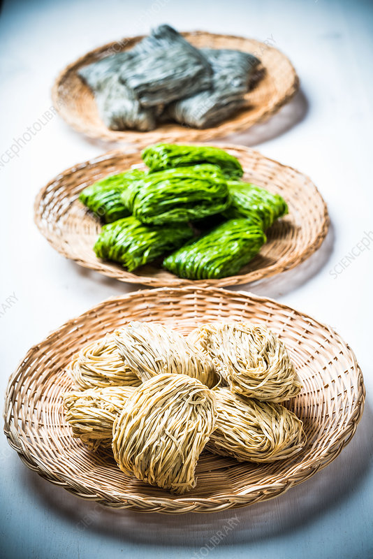 Chinese noodles (wheat, spinach, buckwheat)