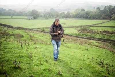 Mobile phone navigation, Yorkshire Dales