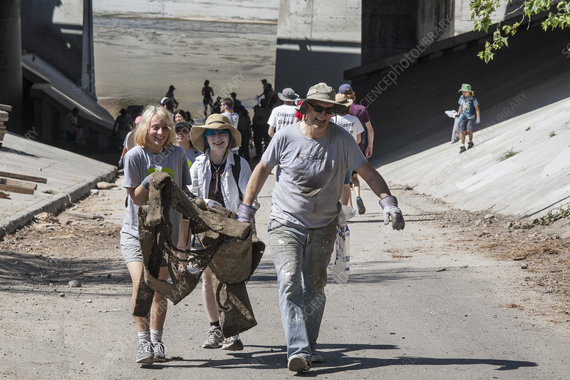 Volunteers cleaning the Los Angeles River, California, USA