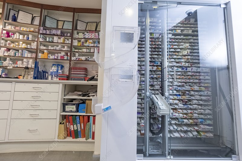 Pharmacy robotic medicine cabinet