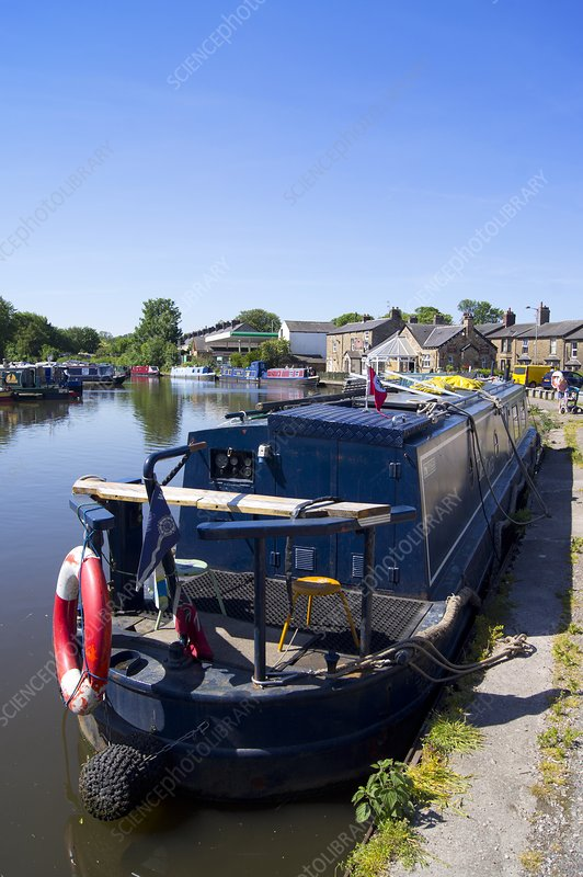 Canal turning basin