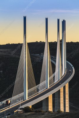 Viaduc de Millau suspension bridge, France