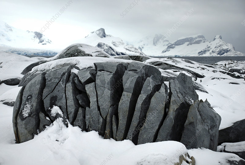 Fissured rock, caused by ice action