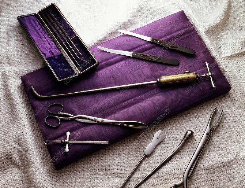 Field Surgeon's Kit, Historical Medicine