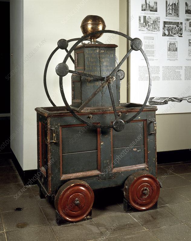 Manual fire engine, 1735