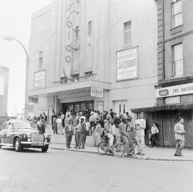 London street scene, 1961