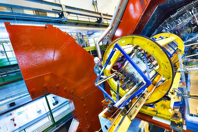 ALICE detector module extraction at CERN
