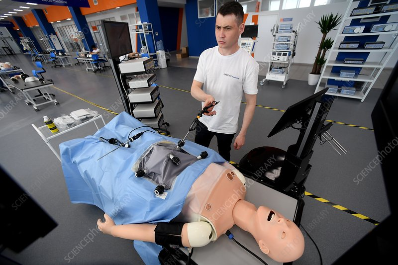 Endosurgical training robot patient