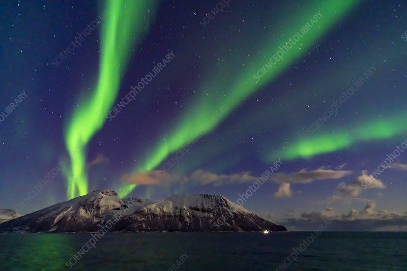 Auroral Curtains at Sea