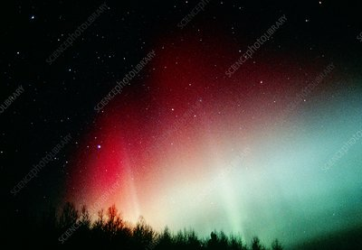 A colourful aurora borealis display
