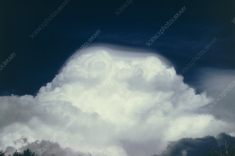 Cumulus cloud with ice layer