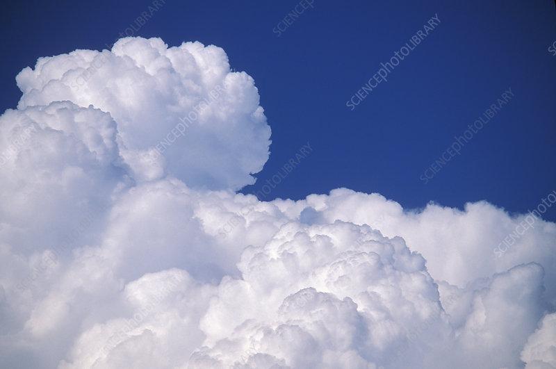 Cumuluo nimbus clouds