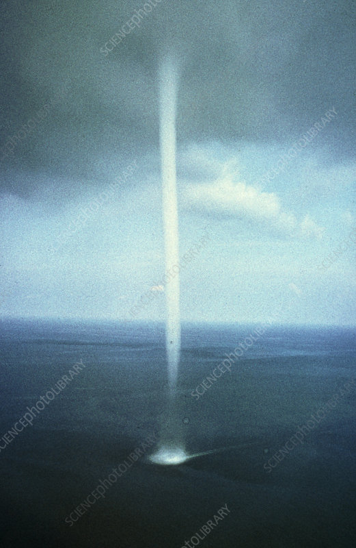 Giant waterspout in Bermuda triangle
