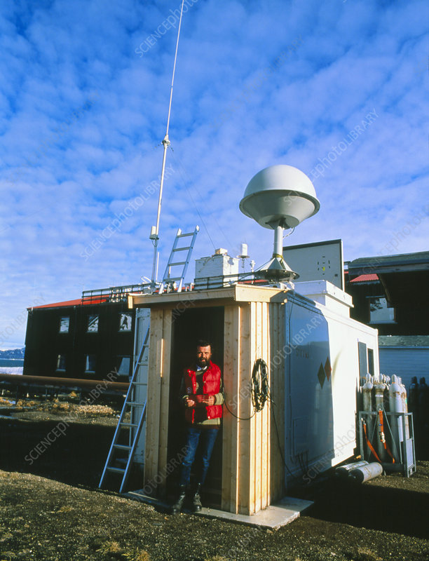 Ozone research station, Kongsforden, Svalbard