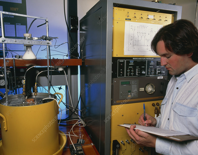 Scientist measures the carbon dioxide level in air