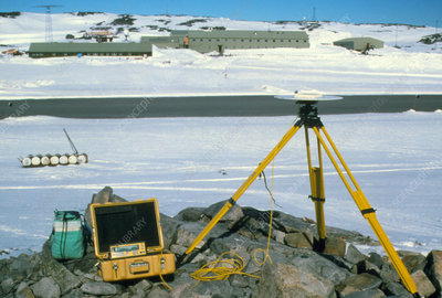 GPS receiver for measuring glacier flow rates