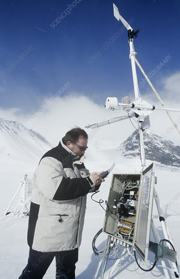 Downloading from weather station, Sweden