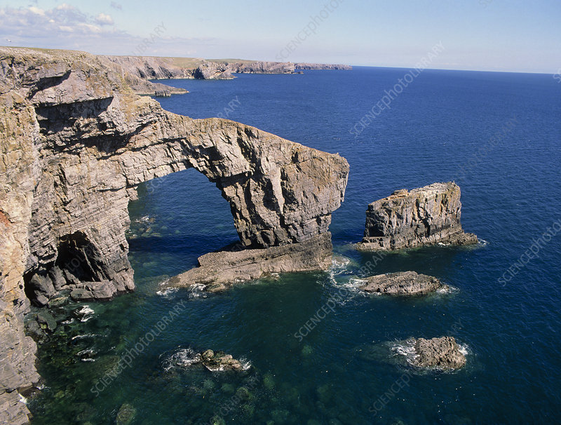 Sea stack and arch - Stock Image E285/0028 - Science Photo ...