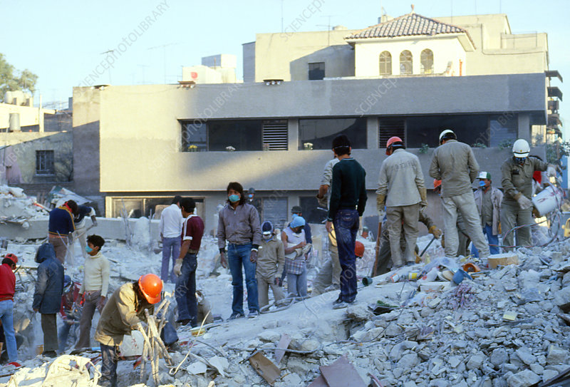 Mexican earthquake: rescue workers sifting rubble