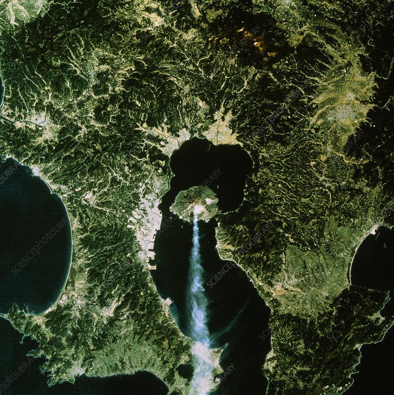 sakura jima volcano  japan