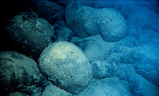Pillow lava underwater off Hawaii, USA