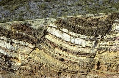 Normal faults in sandstone, Australia