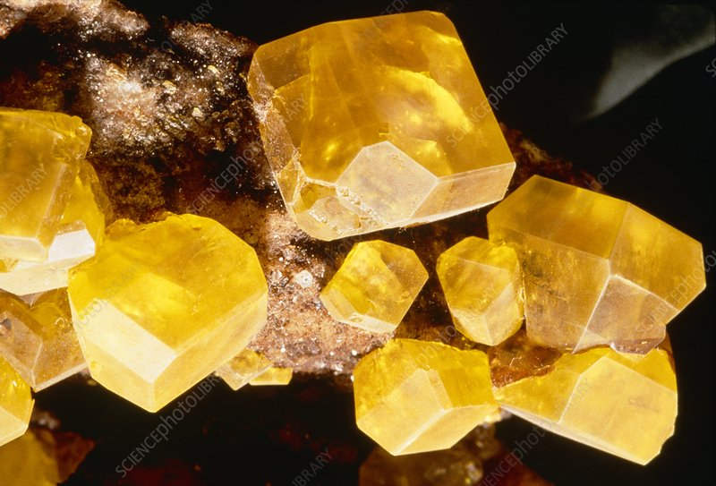 Macrophotograph of sulphur crystals