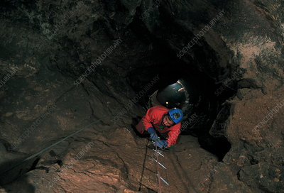Shaft to Sima de los Huesos