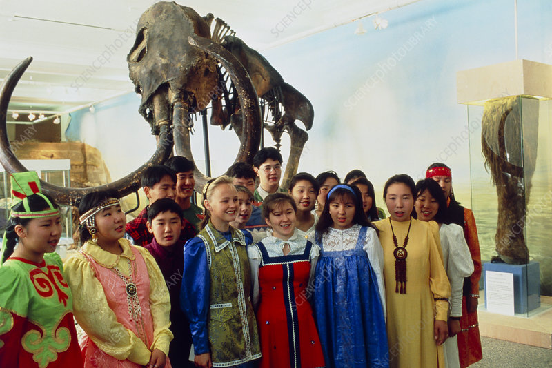 Russian children at exhibition of woolly mammoth