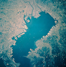 Tokyo and Tokyo Bay from space, STS-58