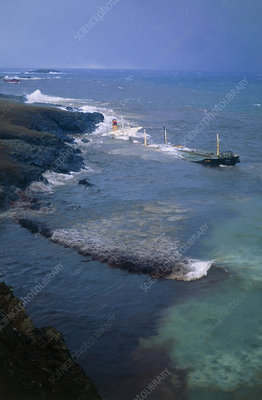 Tanker 'Braer' wrecked on Shetland coast with oil