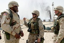 US soldiers at oil field