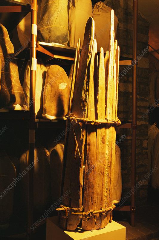 Chachapoyas mummy carrier, Peru