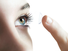 Contact lens use