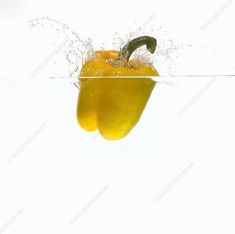 Bell pepper splashing in water