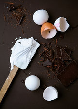 Eggs for meringue and chocolate