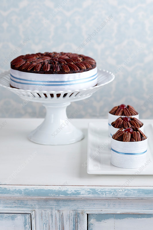 Fruitcake made with alcohol on cake stand