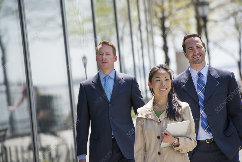 Businesspeople outdoors in the city