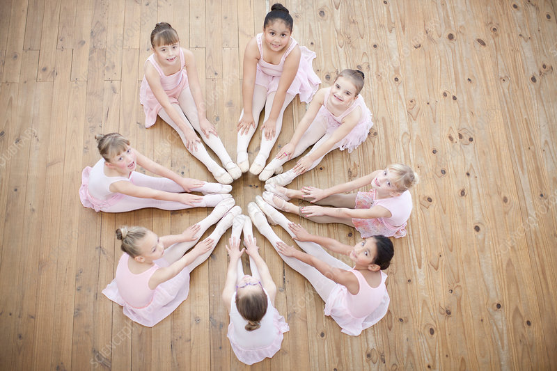 Ballerina in circle formation