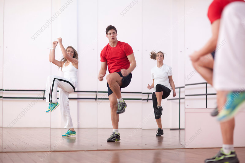 Class training in aerobics
