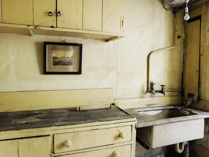 An old fashioned kitchen sink