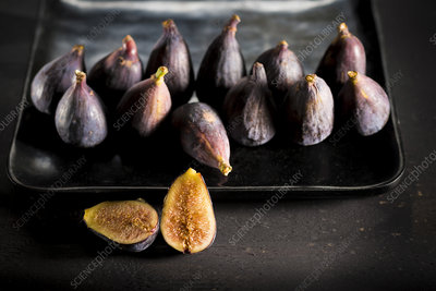 Provence black figs on a baking tray