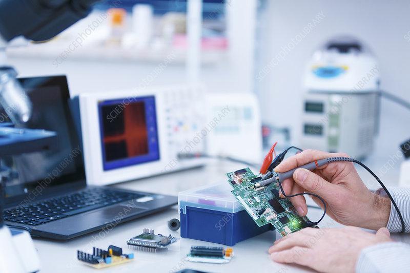 Microprocessor in lab