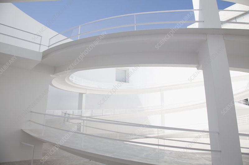 Curving elevated walkway