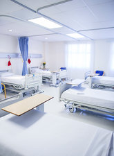 Empty beds in hospital room