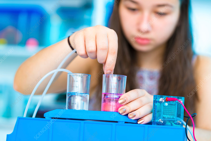 Girl experimenting with fuel cell