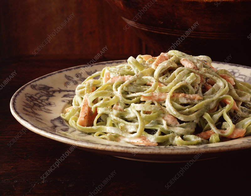 Spaghetti with creamy sauce and salmon