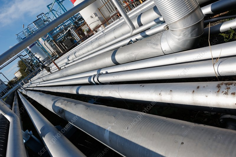 Oil pipework on refinery