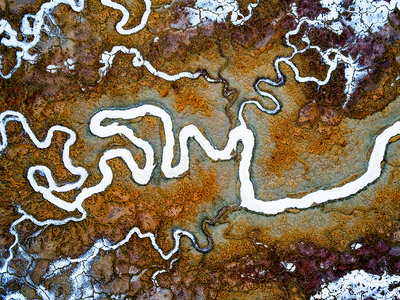 Meandering water channels and the salt pans mineral deposits